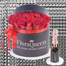 Love Princess: Flower Box and Mini Moët Rose