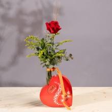 Leyenda Viva: Rosa Roja y Bombones