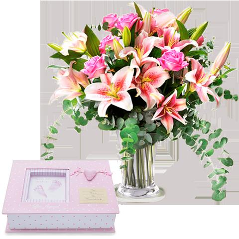 Różowe odciski i lilie